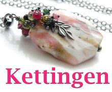 Kettingen-en-Hangers-met-Edelstenen-&-Kristallen