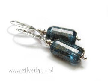 Handgemaakte Zilveren Oorbellen met Kyaniet Edelstenen- Gerhodineerd